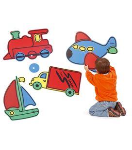 Conceptos gigantes (avión, camión, tren y barco) henbea